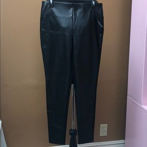 Black dress leggings leather in front